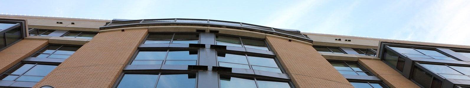 Midtown-Crossing-Apartments-Omaha-NE-68131-exterior-banner
