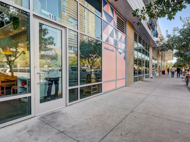 Walking distance retail - Malibu street view