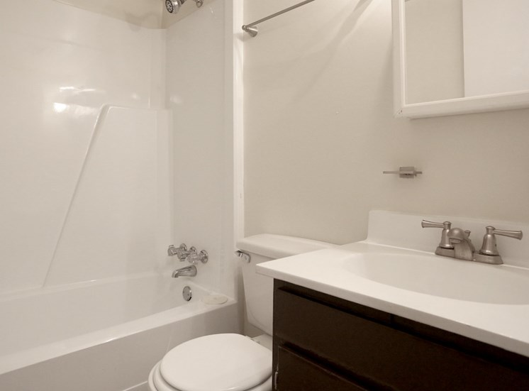 bathroom with upgraded fixtures