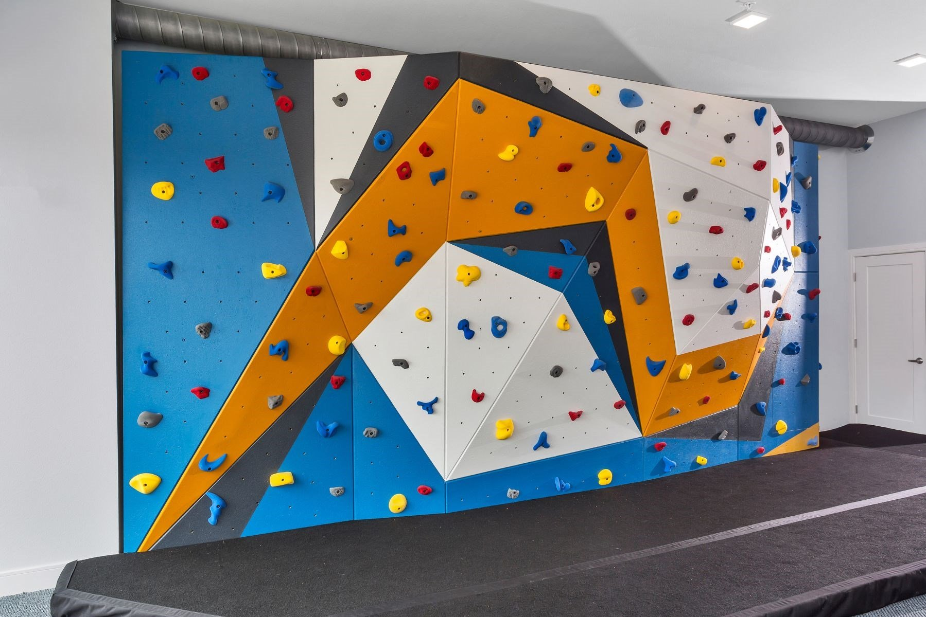 Westwood Green Apartments Clubhouse Rock Climbing Wall