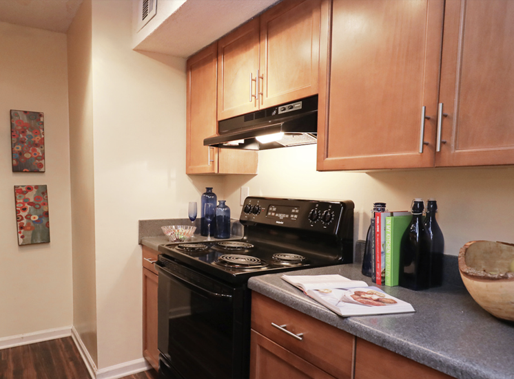Crestwood Green at 701 Apartments with plenty of cabinet space