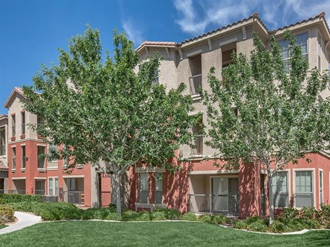 Sonata Courtyard With Mature Trees in North Las Vegas, NV Apartment Homes for Rent