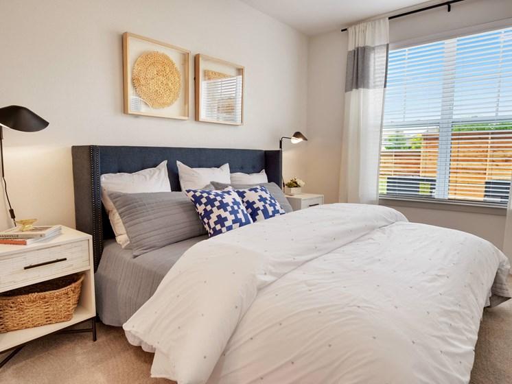 altair-tech-ridge-luxury-apartments-bedroom
