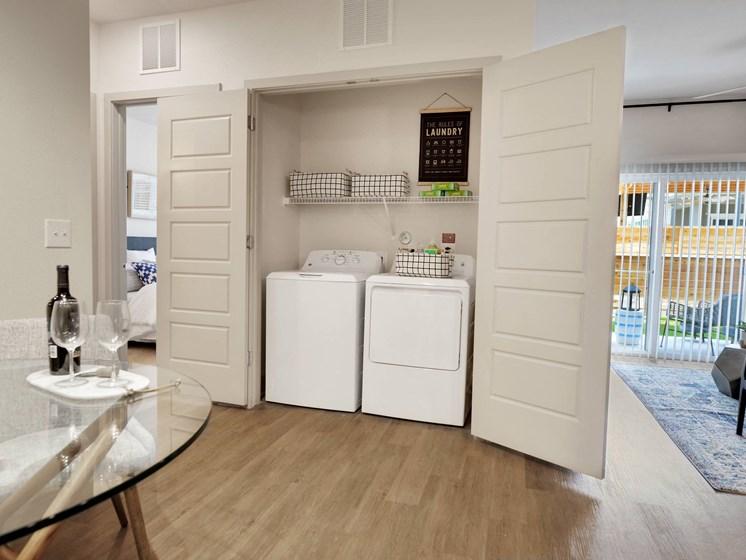 altair-tech-ridge-luxury-apartments-washer-dryer-2