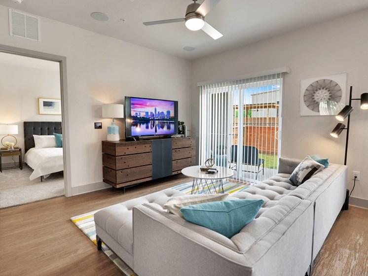 altair-tech-ridge-luxury-apartments-living-room-5