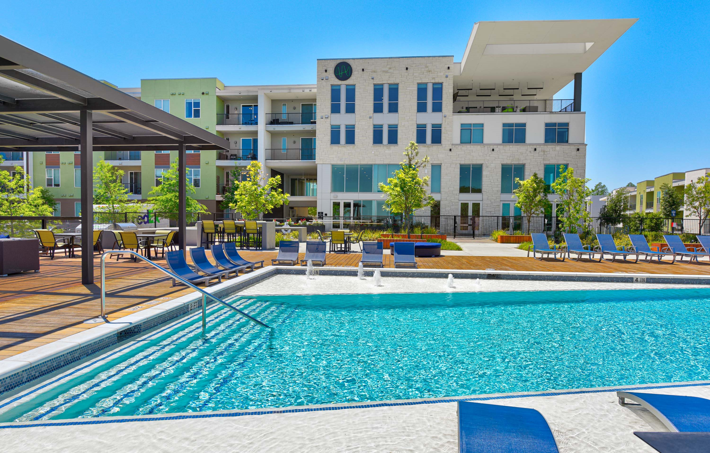 Pool at Edison, Austin, TX
