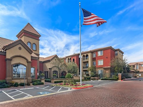 Montecito Pointe Visitor Parking Facility in Las Vegas Apartments for Rent