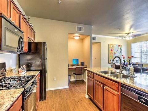 Fitted Montecito Pointe Kitchen in Nevada Apartment Rentals