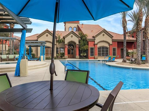 Relaxing Area By The Montecito Pointe Pool in Nevada Apartments for Rent