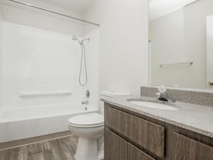 Apartments in Tucson, AZ Shower