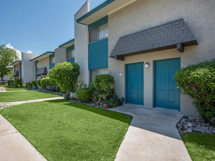 Apartments in Tucson, AZ Walkway