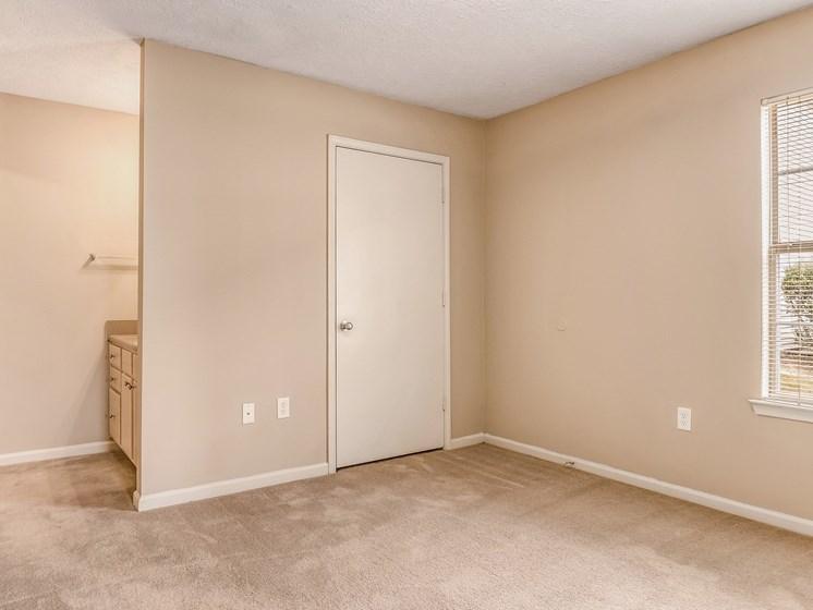 Model Bedroom at Bay Park Apartments, Mississippi