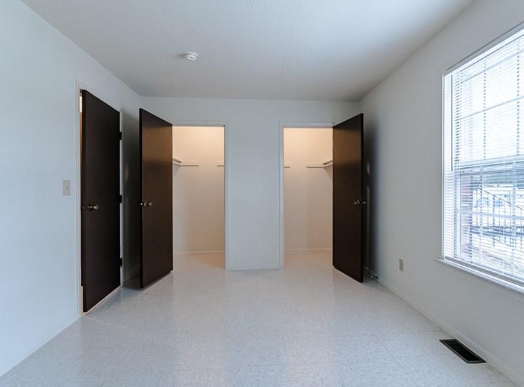 Apartment Bedroom at Cambridge Square Grand Rapids