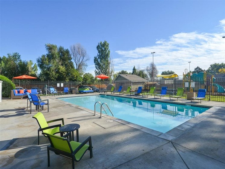 The Modern | Denver, CO Apartments | Pool