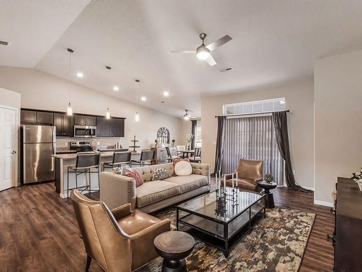 Cuyahoga Falls Apartment Rentals Redwood Living Redwood Cuyahoga Falls Bath Road Willowood Living Room