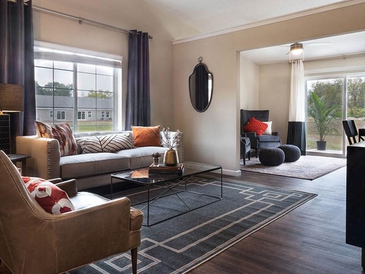 Mauldin South Carolina Apartment Rentals Near Greenville SC Redwood Mauldin Living Room