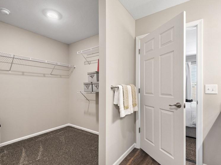 Texas Township MI apartment rentals Redwood Texas Township Master Closet