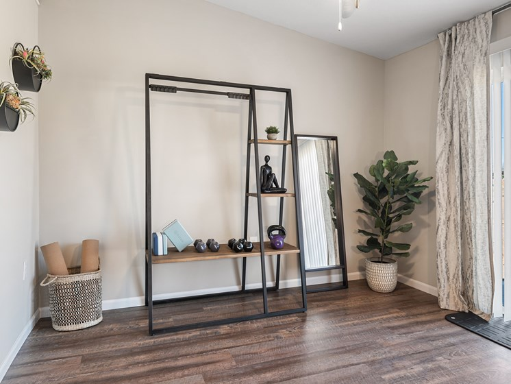 Texas Township MI apartment rentals Redwood Texas Township Bonus Room