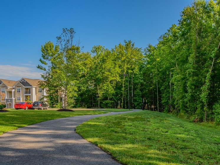 Lush Green Outdoors at Abberly Square Apartment Homes, Waldorf, MD, 20601