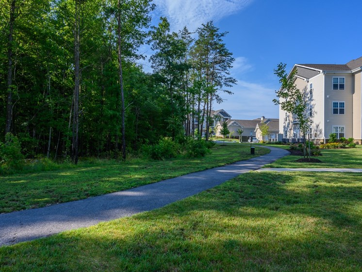 Greenspace Walking Trails at Abberly Square Apartment Homes, Maryland, 20601