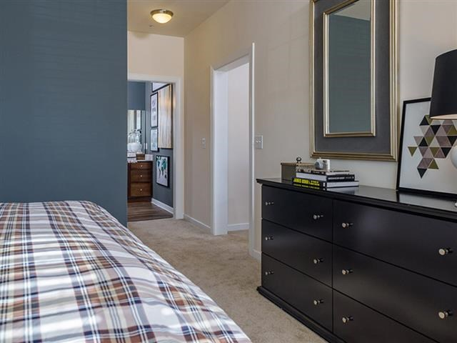 Bedroom with Private Bath at Abberly Square Apartment Homes, Waldorf