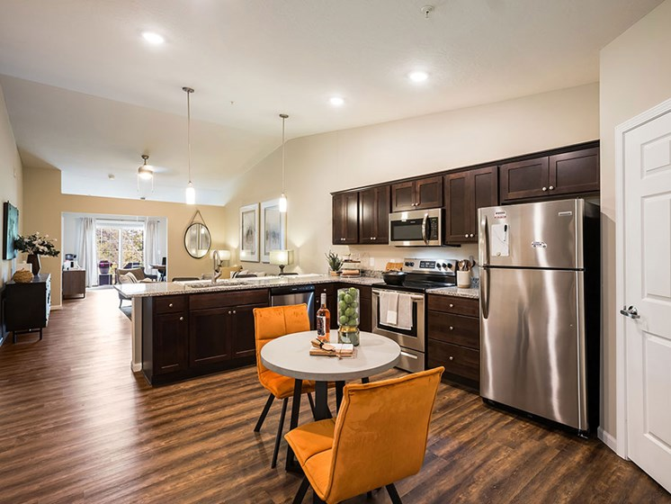 Copley Ohio  Apartment Rentals Redwood Copley Large Kitchens and Pantry Meadowood