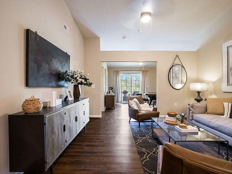 Copley Ohio  Apartment Rentals Redwood Copley Living Room Meadowood