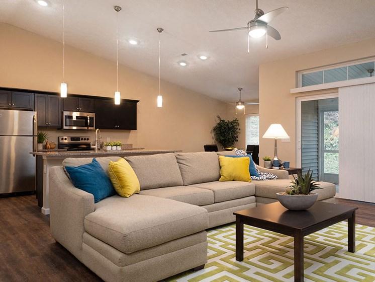 Copley Ohio Apartment Rentals Redwood Copley Willowood Living Room Bright Light