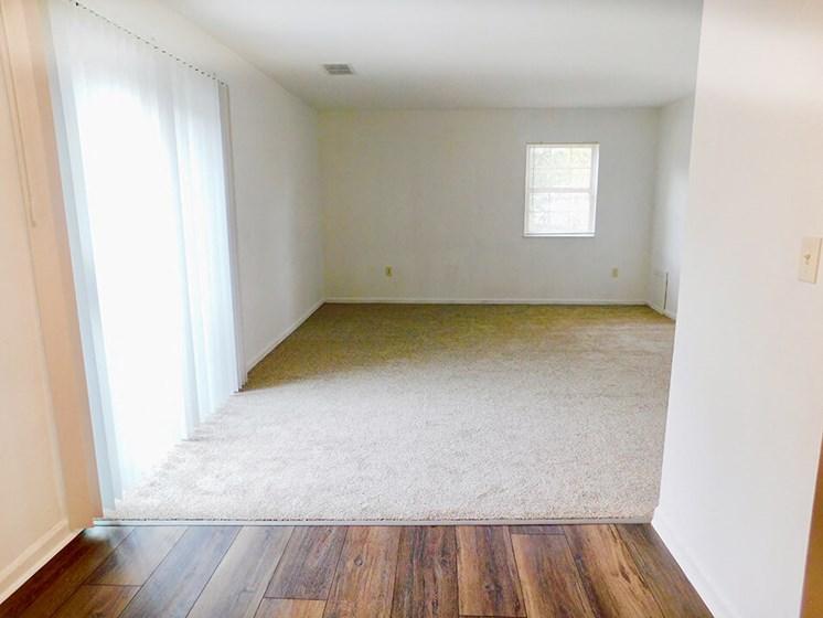 apartment living room in Kettering, Ohio