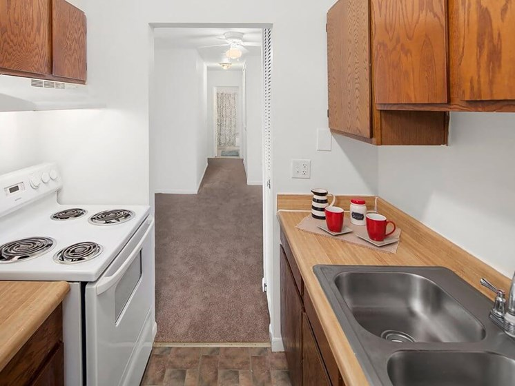 Fully-Equipped Kitchen in apartment