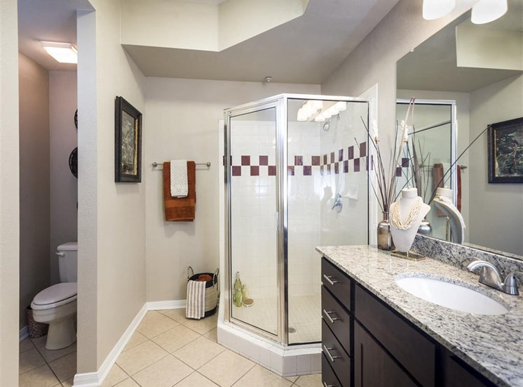 townhome interior bathroom