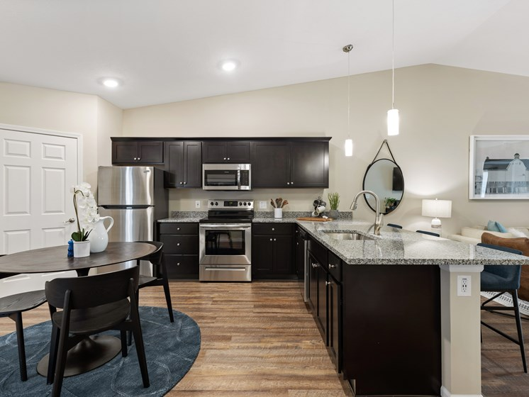 Brownstown Michigan  Apartment Rentals Redwood Brownstown Main Bedroom Telegraph Sibley Road Kitchen