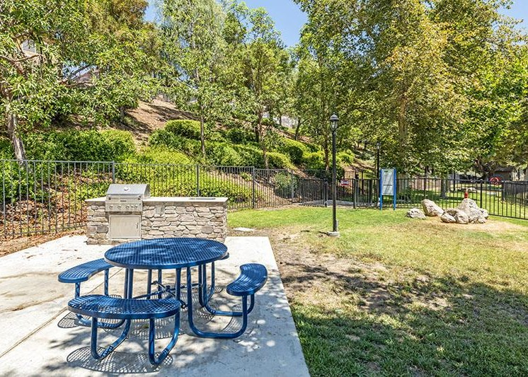 Outdoor Grill With Intimate Seating Area at Promenade Terrace, Corona, CA, 92879