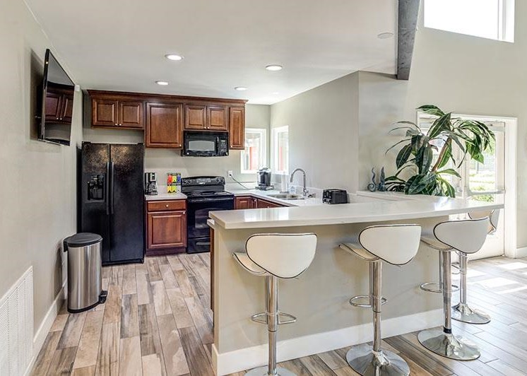 Fitted Kitchen With Island Dining at Promenade Terrace, Corona, California