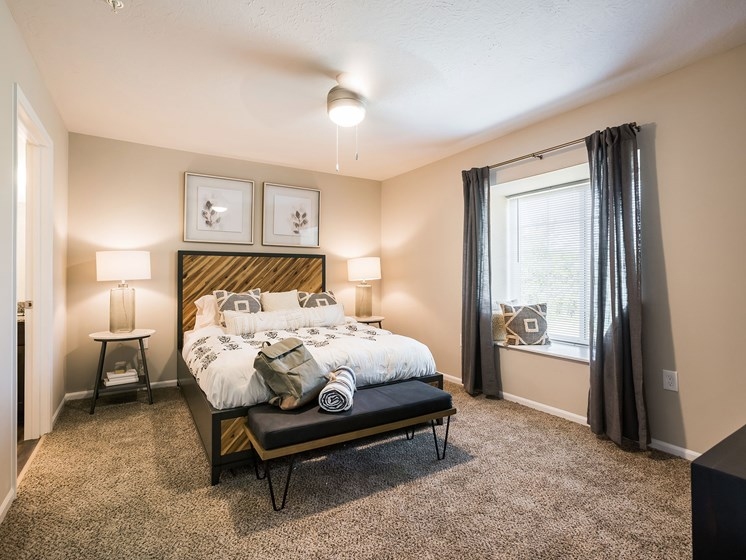 North Canton Ohio Apartment Rentals Redwood North Canton Main Bedroom Suite