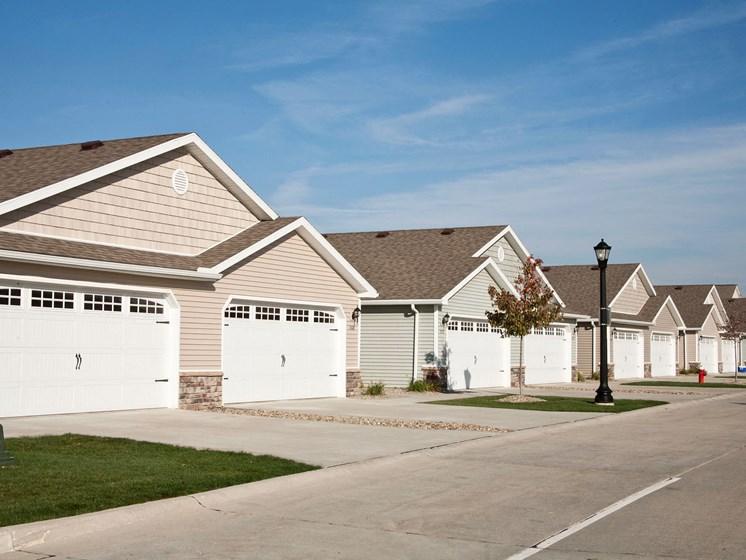 North Canton  Ohio Apartment Rentals RedwoodNorth Canton Neighborhood Living
