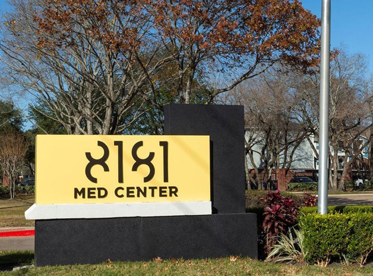 Welcoming Property Signage at 8181 Med Center, Texas, 77054