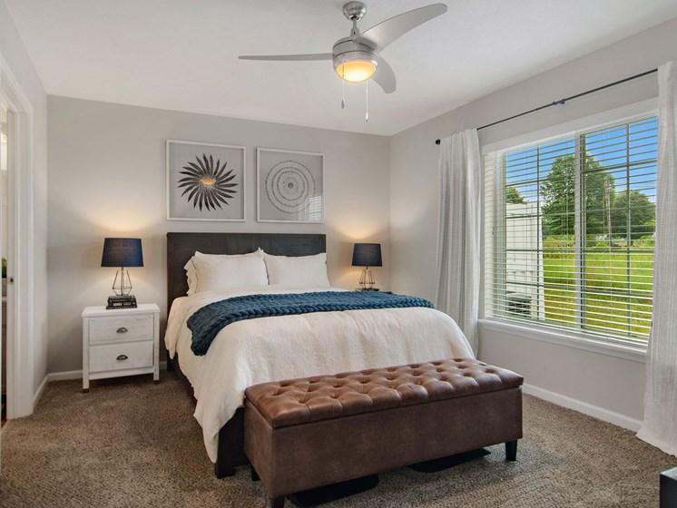 Battle Creek Michigan Apartment Rentals Redwood Living Redwood Battle Creek Main Bedroom