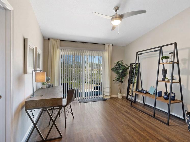 Charlotte North Carolina Apartment Rentals Redwood Living Redwood Charlotte Ridge Road Den