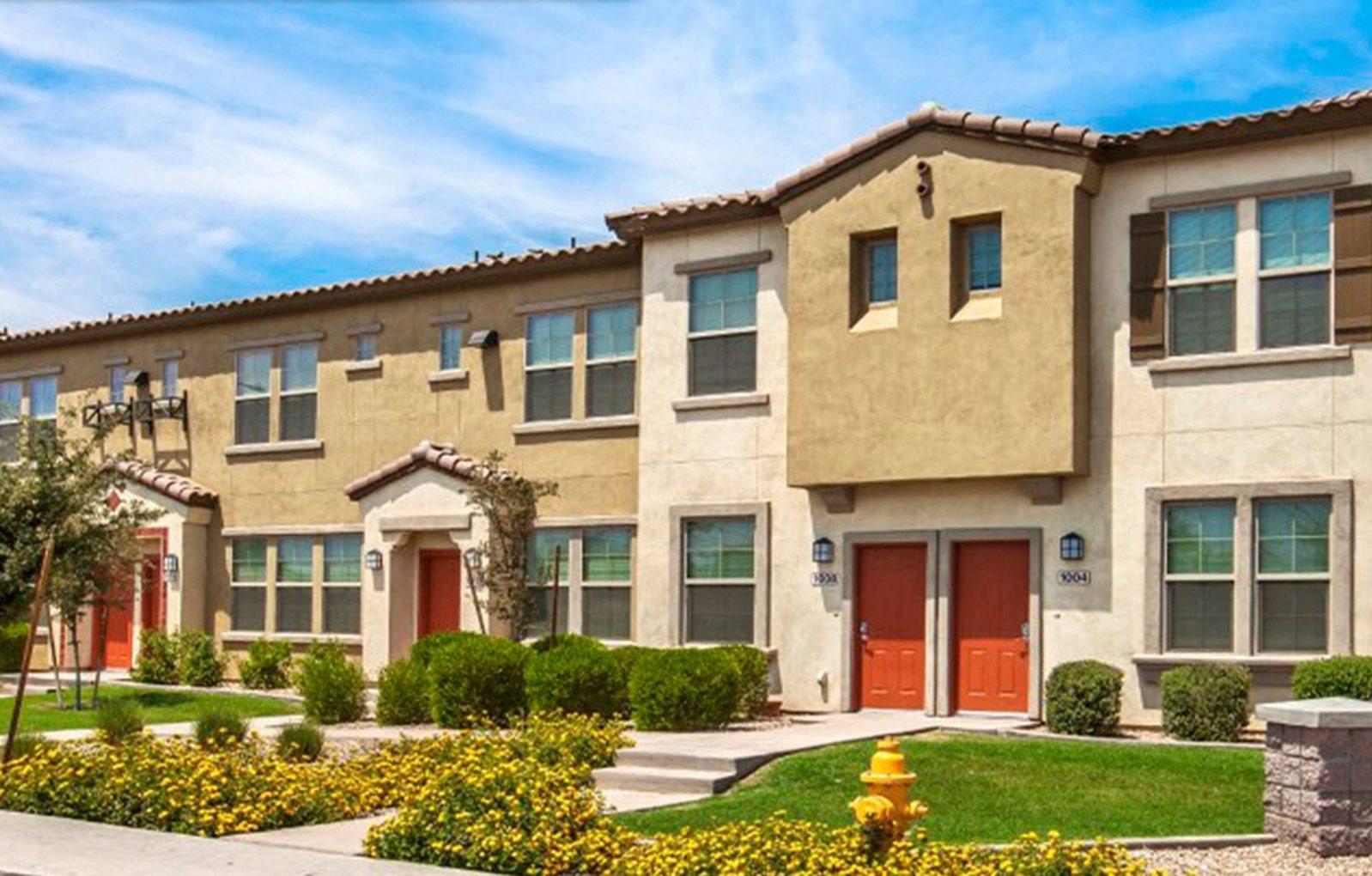 Exterior-The Symphony Apartments Phoenix, AZ