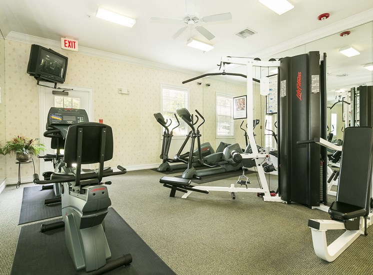 24-Hour Fitness Center With Free Weights