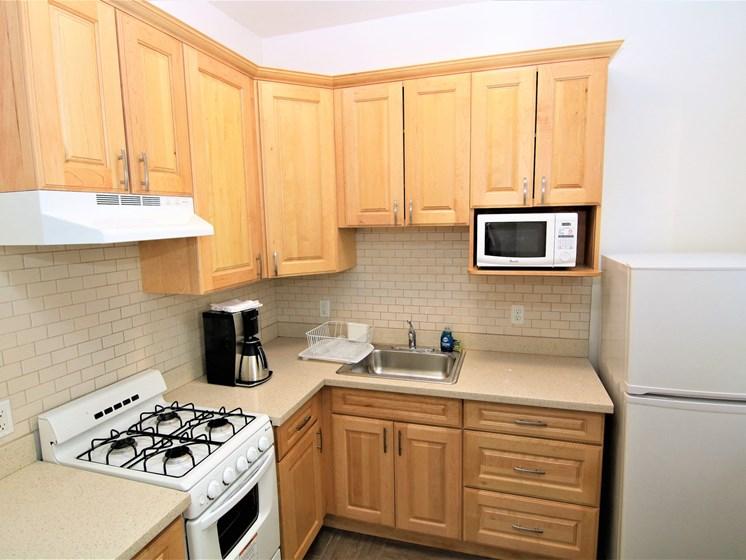 Cornelia Suites Kitchen