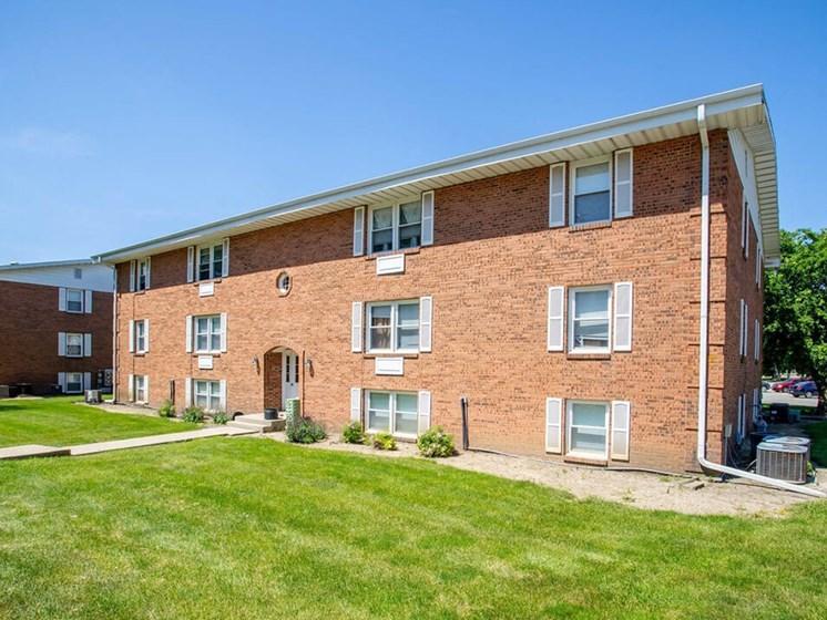 Townhomes at Arbors at Eastland apartments