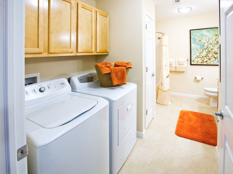 Medina OH Apartment Rentals Redwood Blackberry Trails Of Montville Green Ash Trail Standard Bath 2