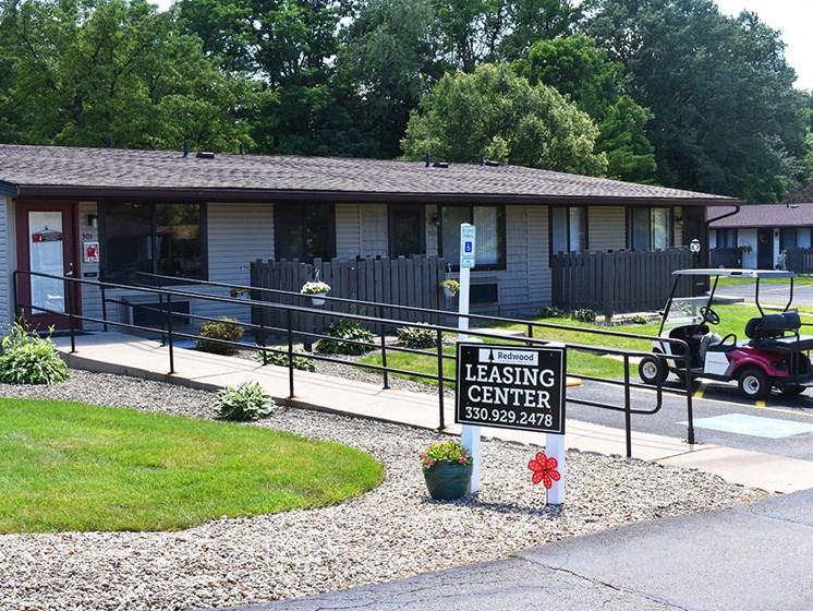 Akron Ohio Apartment Rentals Northampton Apartments by Redwood Exterior 1