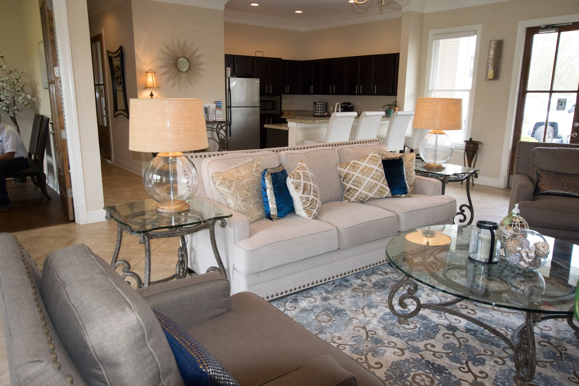 Resident lounge at Highlands of Grand Pointe Apartments in Lafayette, LA