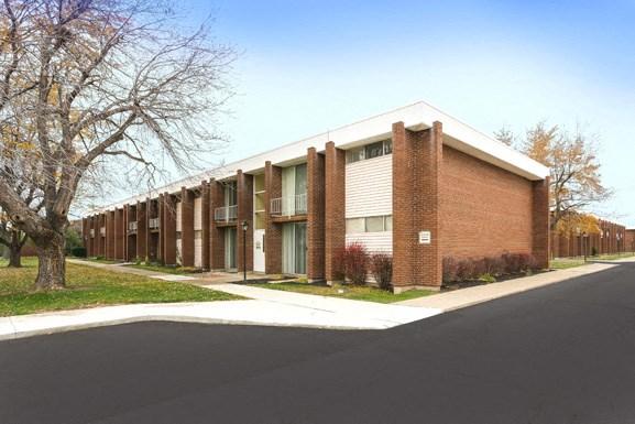 Amherst Manor Apartments - Rentals near UB North