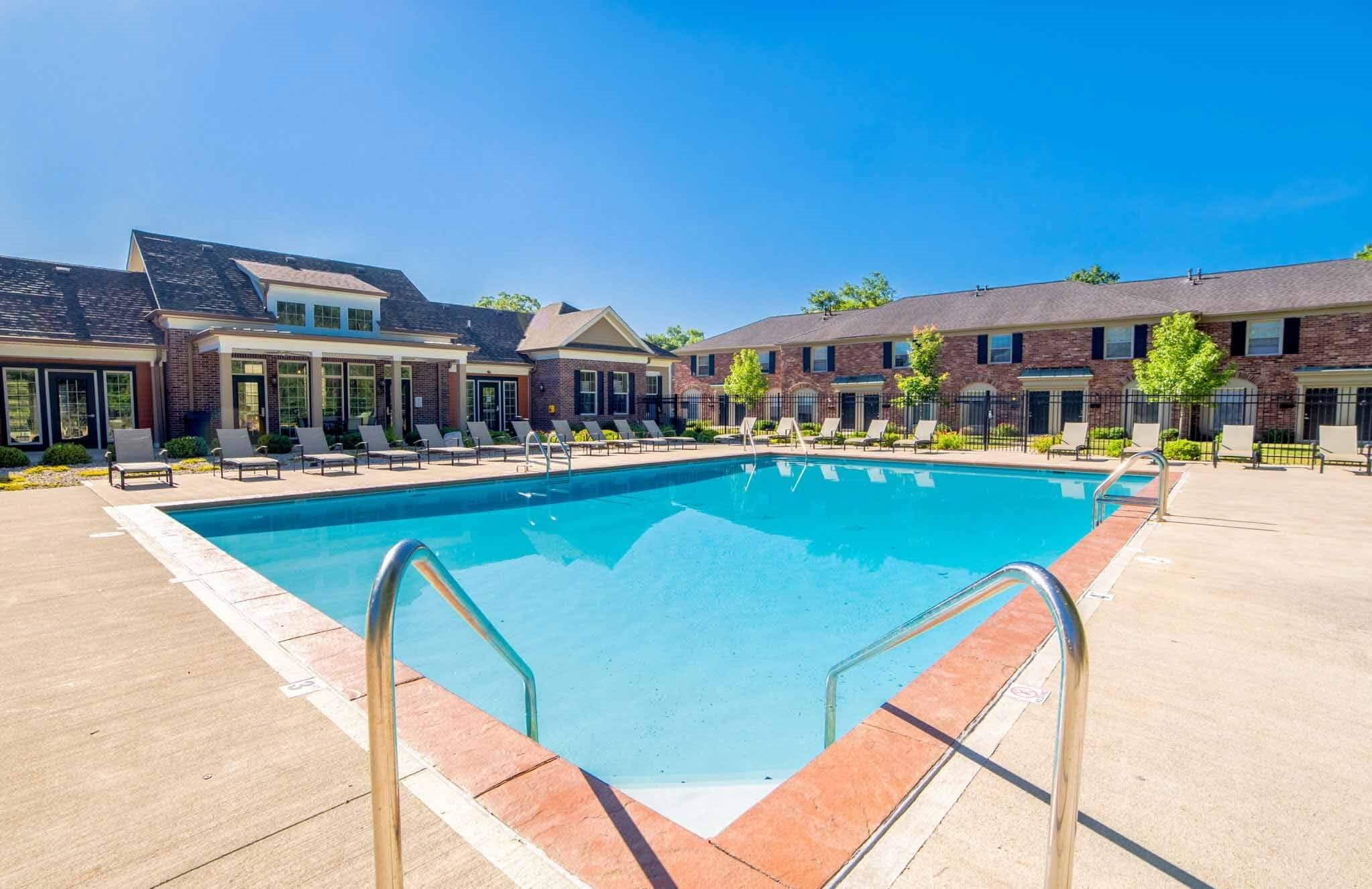 Monon Place Apartments, 5934 Carvel Ave, Broad Ripple, Indianapolis, IN, broad ripple apartments, apartments in indianapolis, apartments in indy, 1 bedroom, 2 bedroom, 3 bedroom, pet friendly