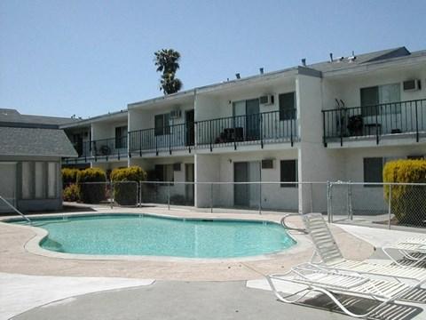 Tradewinds Apartments Pool Photo
