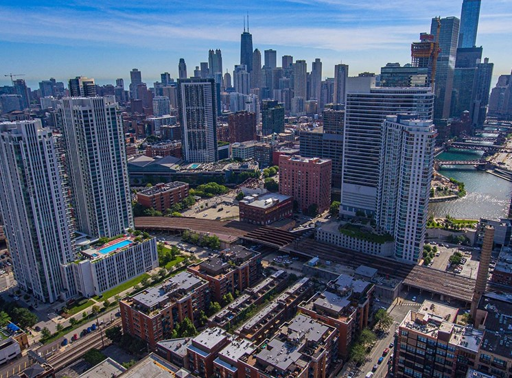 Alta at K Station is centrally located in Chicago's West Loop neighborhood